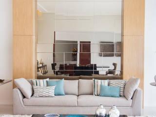 Residência Salas de estar modernas por Carolina Mota - Arquitetura, Interiores e Iluminação Moderno
