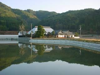 築200年超の古民家(自宅)の居住スペースのリノベーション 日本家屋・アジアの家 の 與那原浩建築設計室 和風