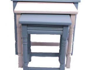 bijzettafeltjes:   door Brocante-meubels