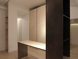 studio m+ by masato fujii Modern dining room Iron/Steel