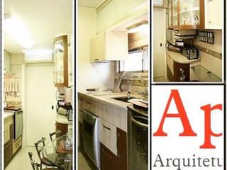 Cozinha em Porto Alegre: Cozinhas  por Aparatto Arquitetura,Eclético