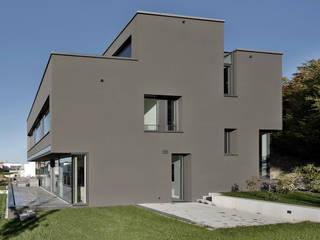 Gartenansicht / Terrasse: moderne Häuser von gerken.architekten+ingenieure