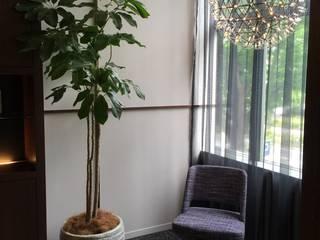 株式会社ムサ・ジャパン ヴェルデ Corridor, hallway & stairsAccessories & decoration Pottery White