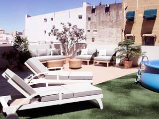 terrace_swimming_pool_virtual: Terrazas de estilo  de ERC