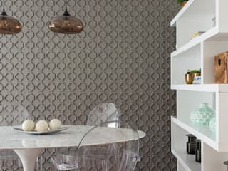 Dining room by SESSO & DALANEZI,