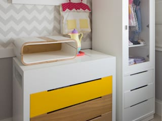 Modern nursery/kids room by SESSO & DALANEZI Modern