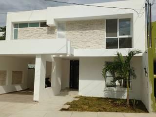 Hermosa Remodelacion de Fachada de DCA Arquitectura y Construccion