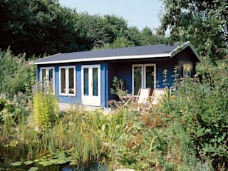 Blue Log Cabin Country style garage/shed by Garden Affairs Ltd Country Wood Wood effect
