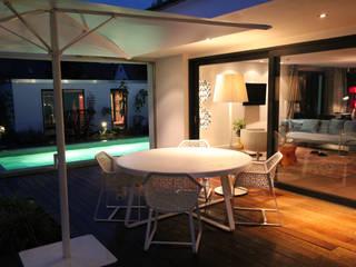 Bungalow Münsterland Moderner Balkon, Veranda & Terrasse von Kitzig Interior Design GmbH Modern