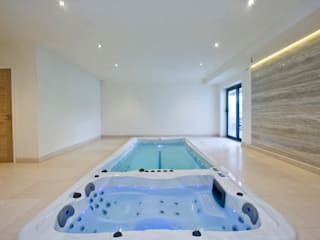 Swimspa Installation Albercas modernas de Summit Leisure Ltd Moderno