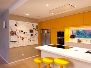 Cozinhas  por Kitzig Interior Design GmbH,