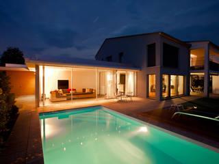 Piscinas de estilo  de Hunkeler Partner Architekten AG, Moderno