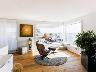 REDUKTION:  Wohnzimmer von Hunkeler Partner Architekten AG