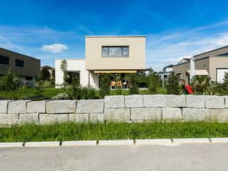 FAMILIENIDYLLE:  Häuser von Hunkeler Partner Architekten AG