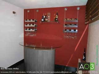 Bar Terraza  Mirko:: Terrazas de estilo  por AQ3 Arquitectos