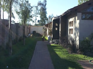 Houses by Arq.Rubén Orlando Sosa