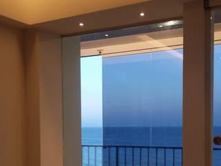 """""""de Cristal y de Mar"""": Salones de estilo  de IC & AIR ·Arquitectura ·Interiorismo ·Reformas"""