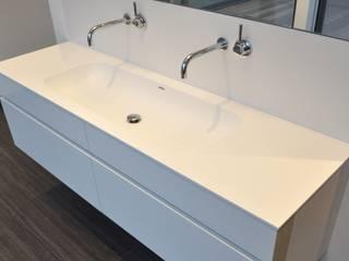 Küche, Bad, Wohnmöbel nach Maß in Ahaus: moderne Badezimmer von Klocke Möbelwerkstätte GmbH