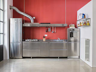 Industrial style kitchen by studiodonizelli Industrial
