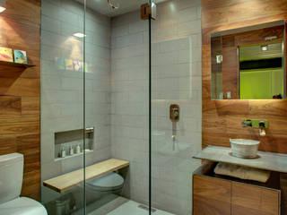 Badezimmer von RIMA Arquitectura, Modern