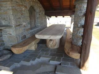 angolo relax:  in stile  di Mobili Pellerej di Pellerej Massimo
