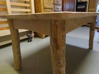 tavolo:  in stile  di Mobili Pellerej di Pellerej Massimo