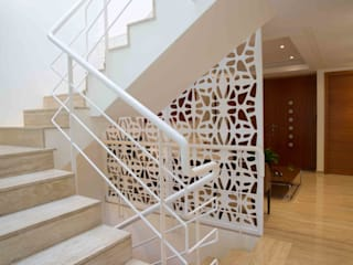 Modern Corridor, Hallway and Staircase by Objetos DAC Modern