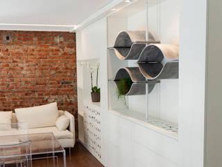 UCA spa Complesso d'uffici in stile minimalista di Alessandra Scarfò Design Minimalista