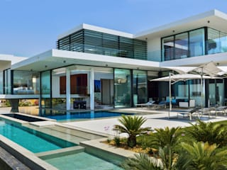 Modern Villa Vale do Lobo:   por Pure Allure Interior