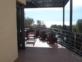 Casa Tamarit Balcones y terrazas de estilo mediterráneo de ESTUDI D'ARQUITECTURA XAVIER CLIMENT Mediterráneo
