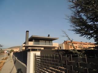 Casa Ulldecona 2 Casas de estilo moderno de ESTUDI D'ARQUITECTURA XAVIER CLIMENT Moderno