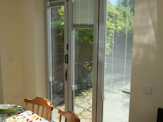 Single Storey Extension Reginald Road - Northwood London Building Renovation Modern windows & doors Aluminium/Zinc Grey