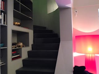 Depardieu - Igou apartment: Ingresso & Corridoio in stile  di Kei_en.enzocalabresedesignstudio Srl, Minimalista