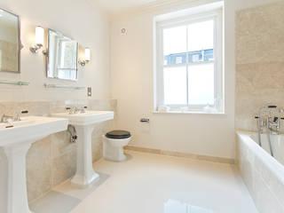 CHESILTON :  Bathroom by nu:builds