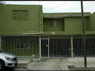 Casas de estilo minimalista por Laboratorio Mexicano de Arquitectura