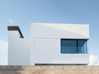 Casa David y Esther Casas de estilo moderno de Robert Arquitectes Moderno
