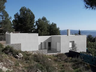 Casas de estilo  por Robert Arquitectes