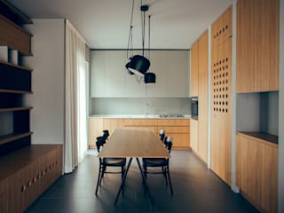 Minimalist dining room by andrea rubini architetto Minimalist