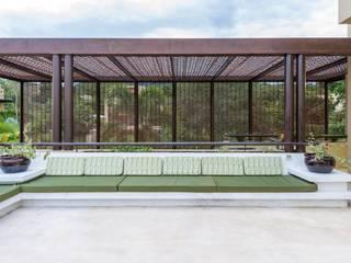David Macias Arquitectura & Urbanismo Minimalist balcony, veranda & terrace