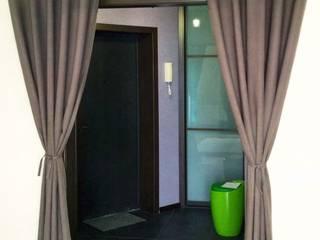 Шторы на дверной проем в гостиную. :  в современный. Автор – Flaxeco, Модерн