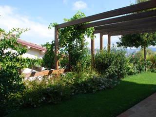 Un casolare incantato Giardini Giordani Balcone, Veranda & Terrazza in stile mediterraneo