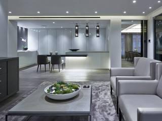 Crestron Showroom - Chelsea Harbour Design Centre, London Modern kitchen by Crestron Modern