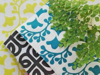 Tecidos estampados à mão por Pandan Studio Eclético