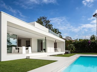 Casa Herrero | 08023 architects Moderne Pools von Simon Garcia | arqfoto Modern