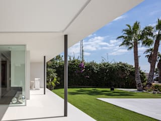 Casa Herrero | 08023 architects Simon Garcia | arqfoto Jardines modernos: Ideas, imágenes y decoración