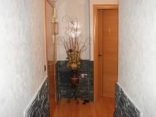 Decoración Silva Classic style corridor, hallway and stairs