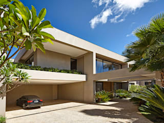 Casa em Brasília: Casas  por Lanza Arquitetos