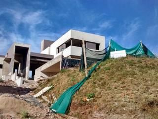Casa la rufina: Casas de estilo  por Domus&Roma