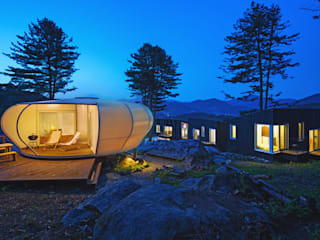 Glamping on the Rock: 건축공방  'ArchiWorkshop'의
