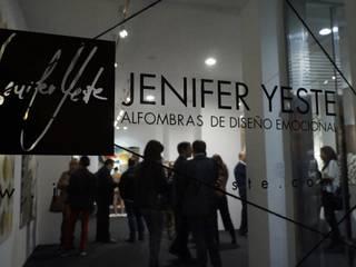 EVENTO  EXPOSICIÓN EN GALERÍA PAZ Y COMEDIAS : Salas multimedia de estilo  de JENIFER YESTE
